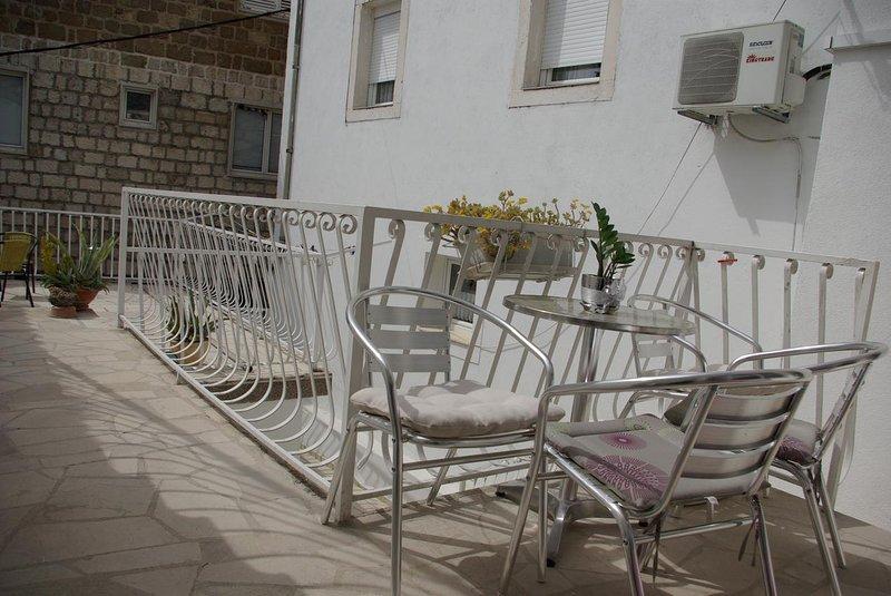 Terrace, Surface: 12 m²