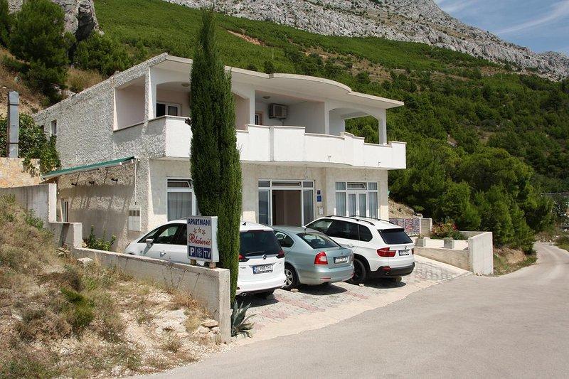 Studio flat Lokva Rogoznica, Omiš (AS-12906-a), aluguéis de temporada em Lokva Rogoznica