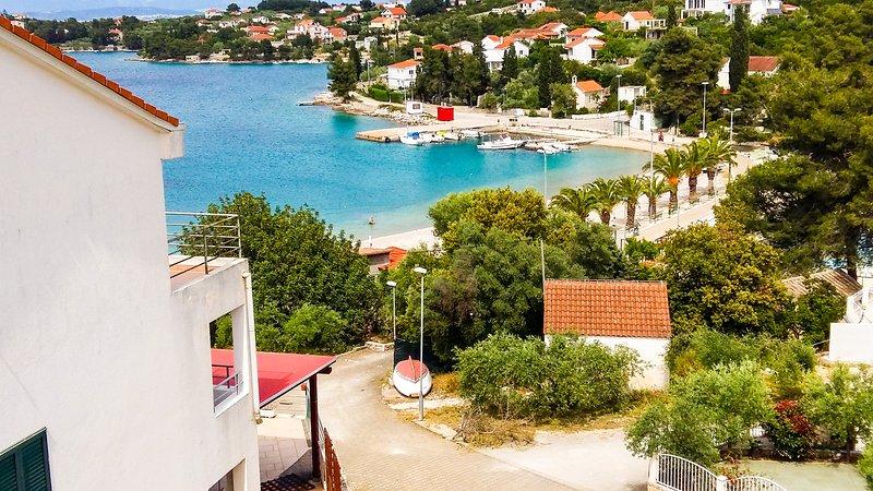 Apartment Gianni - Beach Island Getaway, vacation rental in Necujam