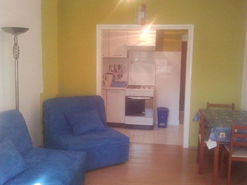 Wohnzimmer, Oberfläche: 16 m²