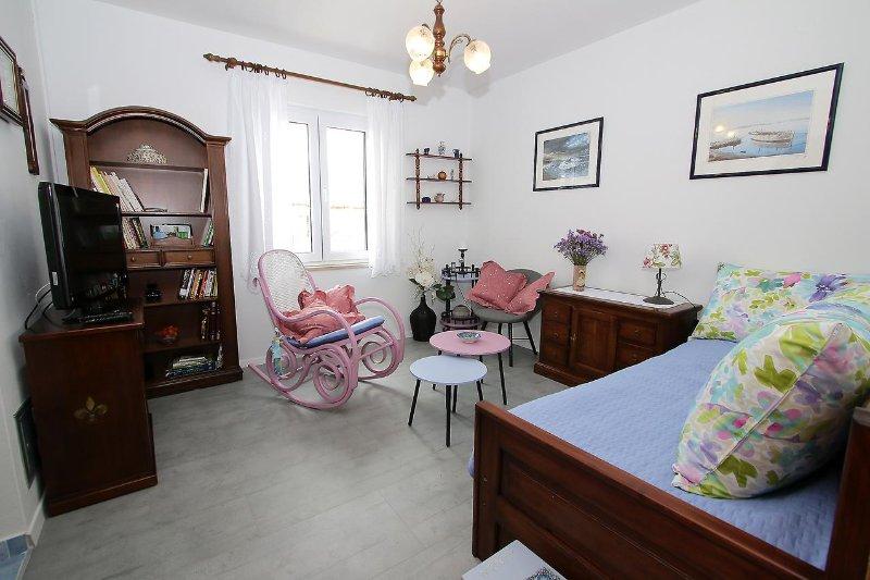 Wohnzimmer, Fläche: 11 m²