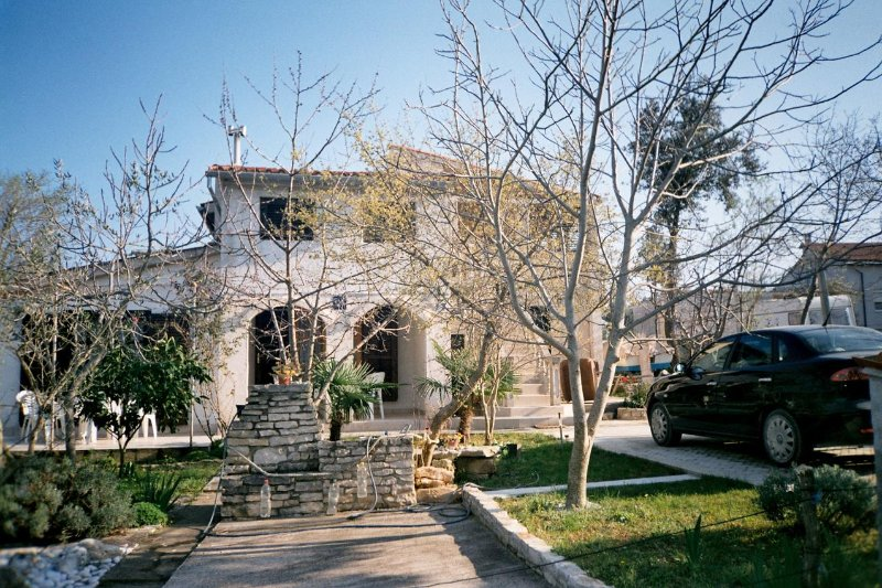 Kavran Apartment Sleeps 4 with Air Con - 5472341, holiday rental in Pavicini