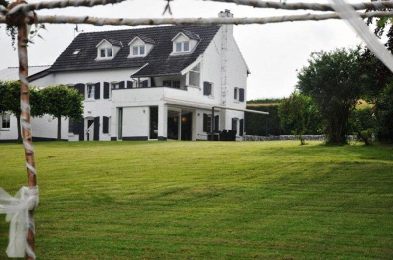 Vakantie appartement Bommerig, in het 5 sterren landschap, holiday rental in La Calamine