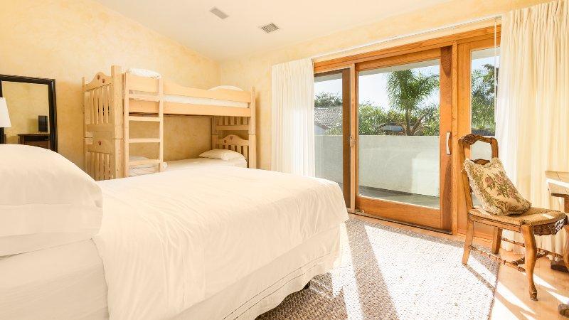 Bedroom #12 Queen Bed & Bunk Beds Sleeps 4