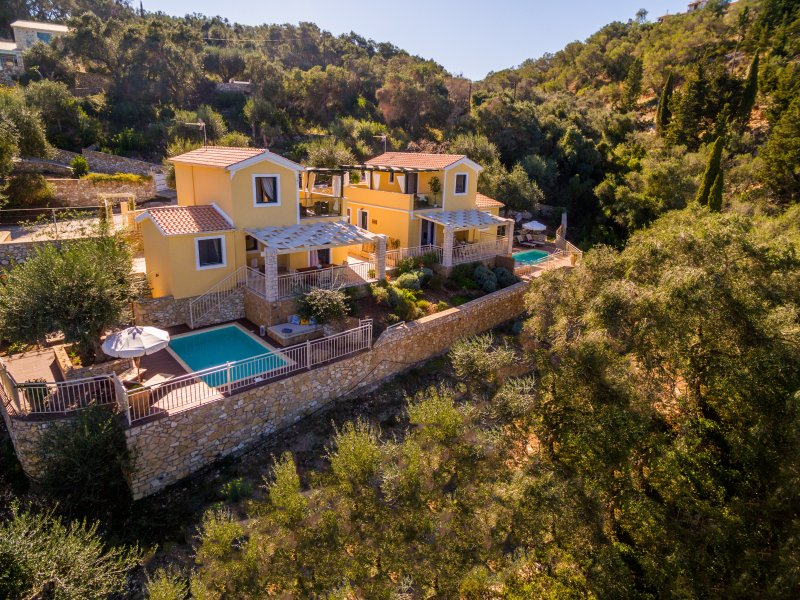 Luxury Private Pool Villa in Monodendri Beach / Villas Muscalas - Elia, vacation rental in Lakka