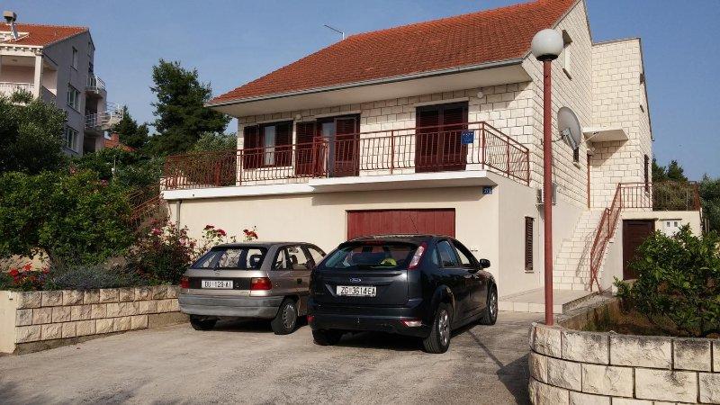 Three bedroom house Lumbarda, Korčula (K-14265), holiday rental in Zrnovo