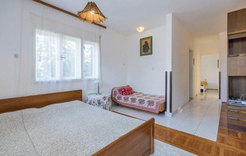 Woonkamer, oppervlakte: 13 m²