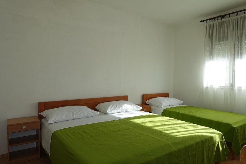 Chambre 1, Surface: 14 m²