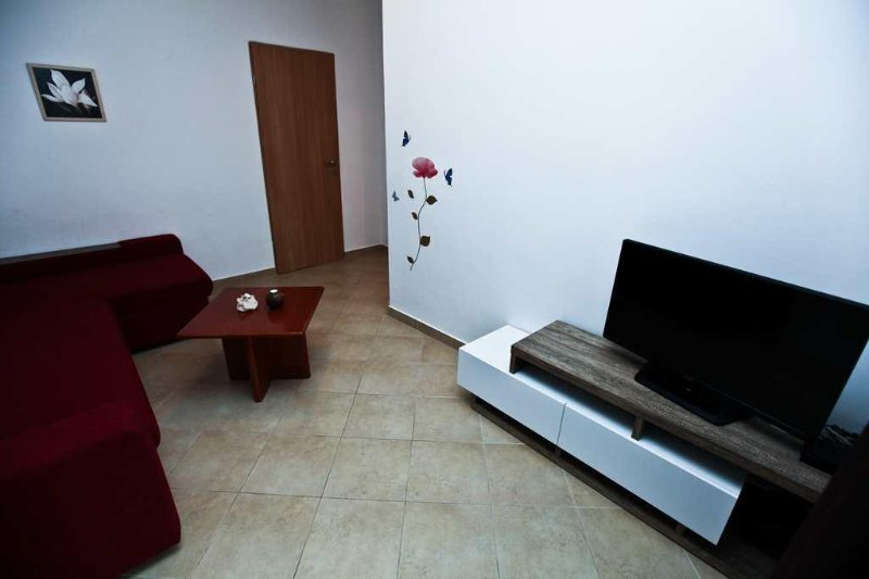 Living room, Surface: 12 m²