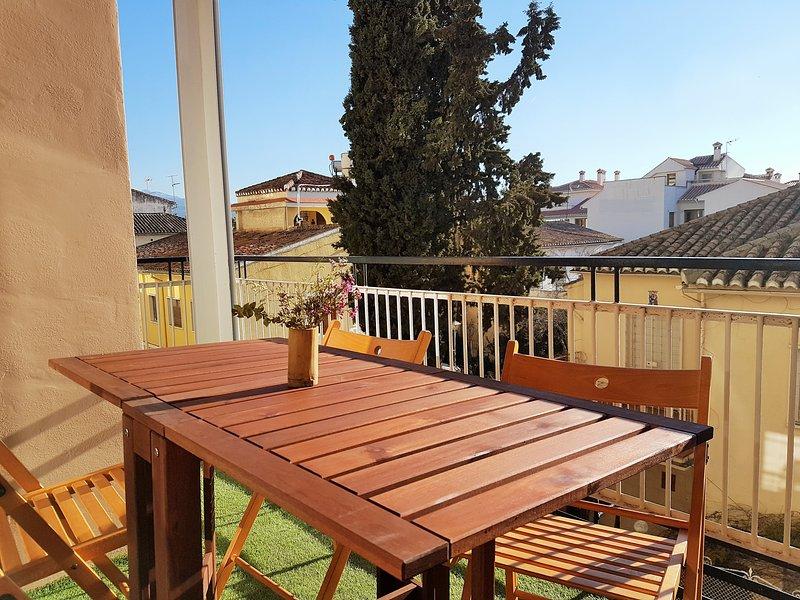 ORIGINAL apartamento con terraza en el realejo, aluguéis de temporada em Granada