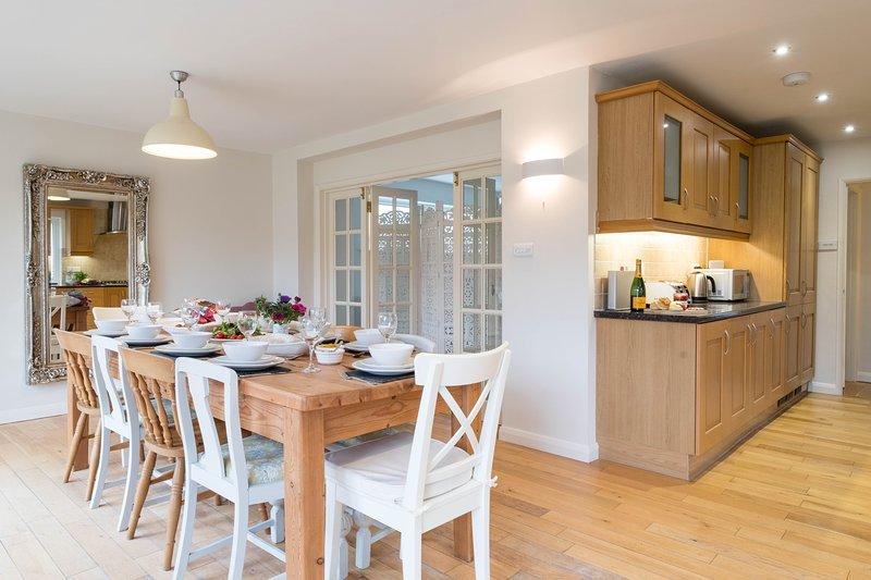 Beautiful 5 Bedroom Home In A Harbourside Village Chales Para Temporada Em Birdham Tripadvisor