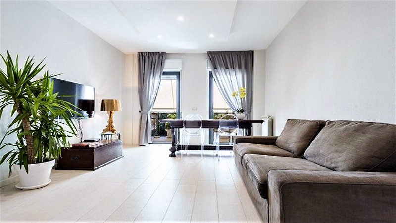 Catania Luxury Seafront Home w/ Terrace - 10min to Duomo,15km to Etna, vacation rental in Catania