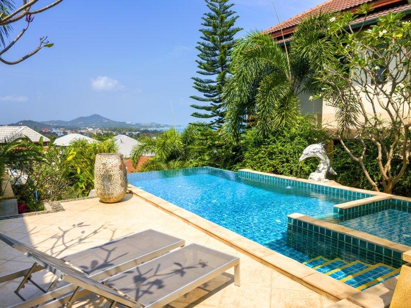 Seaview Villa 4 Bedroom with Pool, location de vacances à Chaweng