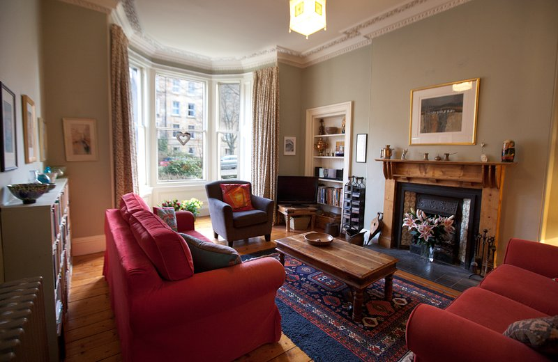 Lovely Edinburgh garden flat, in central and quiet Marchmont location, alquiler vacacional en Edimburgo