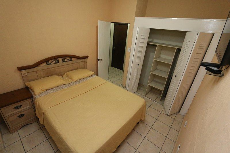 Habitacion en zona segura de El Salvador, aluguéis de temporada em El Tunco