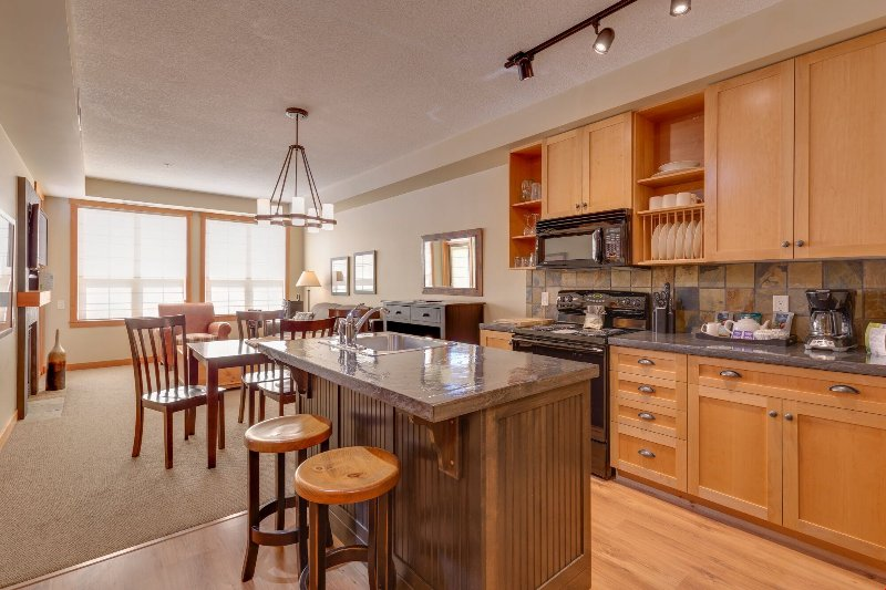 Welcome to your home away from home in the Okanagan!