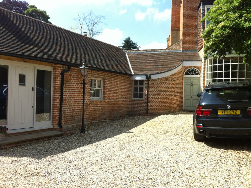 Double Room in Grade 2 Listed Barn Conversion, Ferienwohnung in Basildon