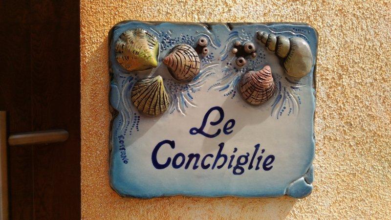 Appartamento Le Conchiglie - 20% di sconto 19-31 Agosto!, location de vacances à Lu Bagnu