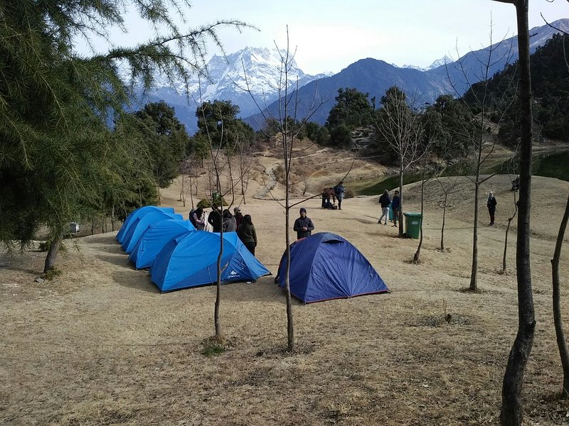 Deoria Tal and Chopta Tents & Treks, vacation rental in Guptakashi