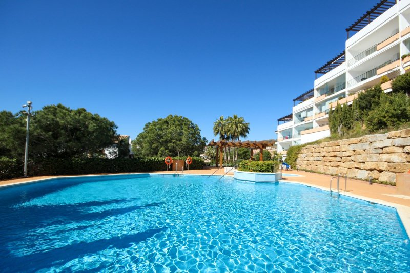 2061 - 3 bed penthouse, Altos Miraflores, La Cala / Riviera del sol, vacation rental in Sitio de Calahonda