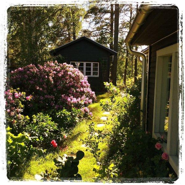 Ekero Cottage-Charming Private Cottage & Bathroom & Sauna – semesterbostad i Mariefred