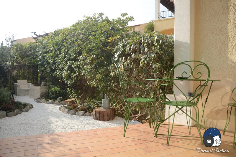 One bedroom apartment with garden - Dodo et Tartine, holiday rental in Carqueiranne