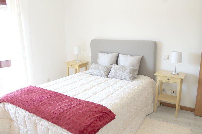 Dorma in a good mattress and has Happy dreams :)