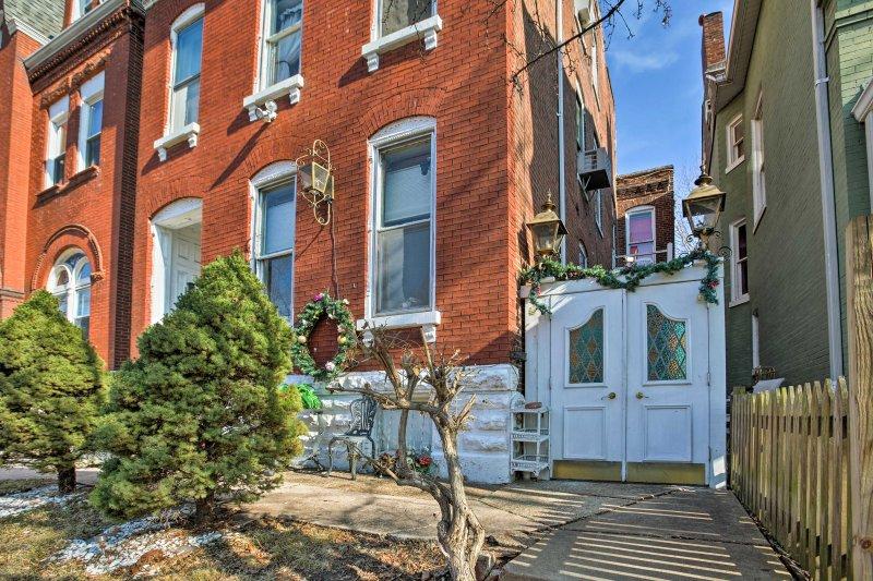 Su próxima St. Louis escapar a este 1 dormitorio, apartamento 1-baño vacaciones.