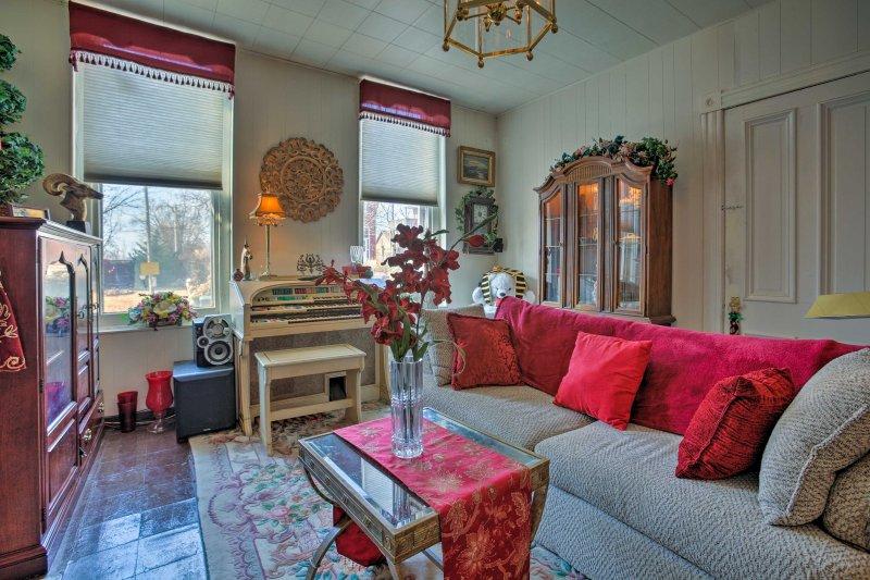 Enjoy a bohemian getaway at this vacation rental apartment in St. Louis.