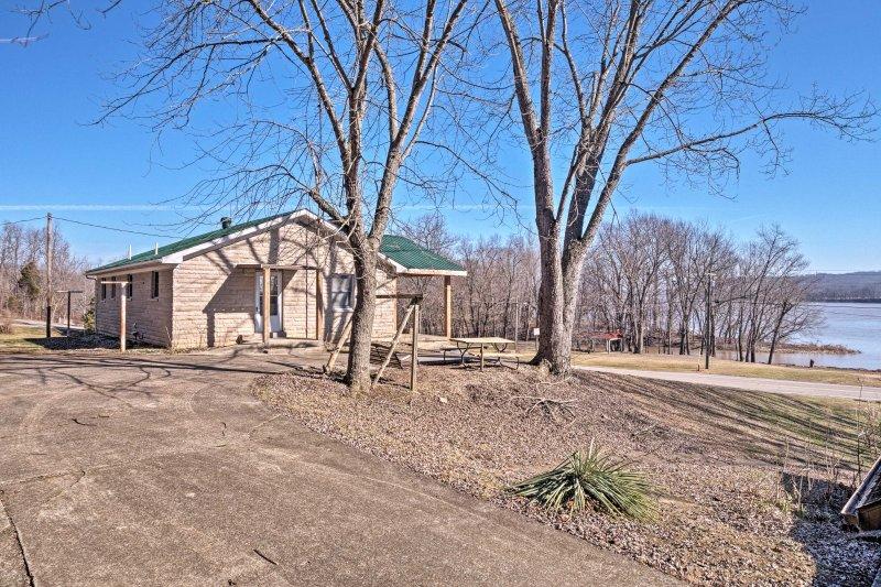 Esta casa se encuentra justo en el río Ohio!