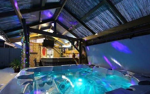 The Party Spa! Colour Changing Lights, Therapeutic Body Seat to Lay Down, Wine Holder, View of TV &