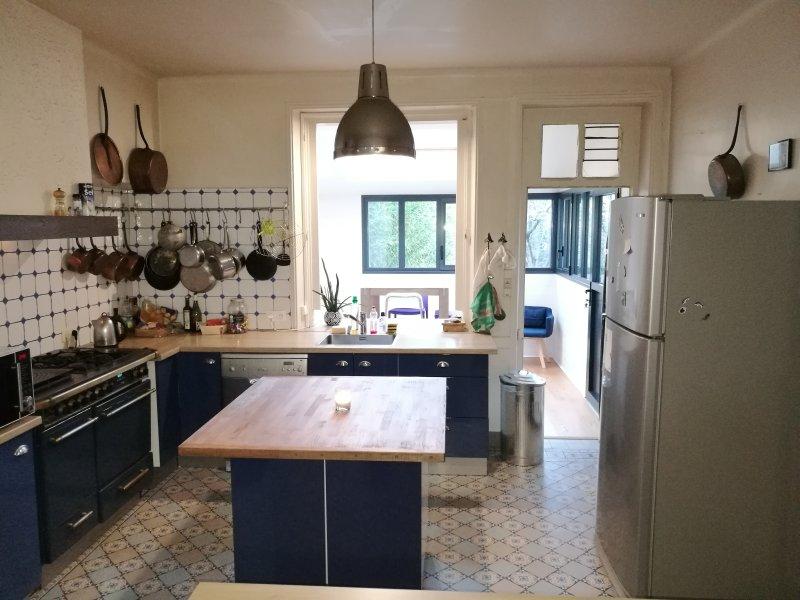 Maison familliale, au bord de la Loire, deux pas de NANTES, casa vacanza a Saint Herblain