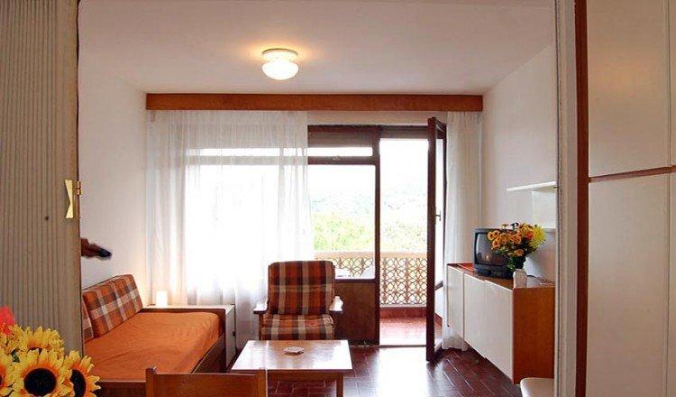 Isola d'Elba,Procchio, Agosto letti 6, in famoso RESIDENCE NAPOLEON, holiday rental in Biodola