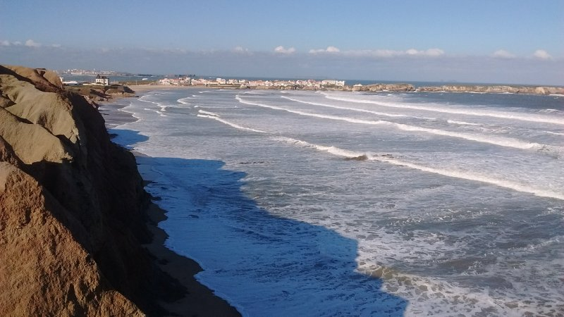2 Bedroom Surf House in Baleal, Peniche, holiday rental in Baleal