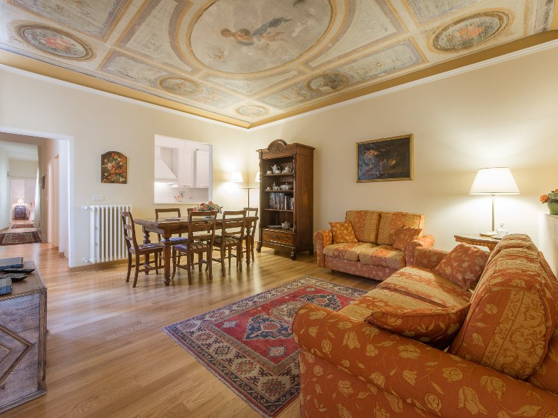 Has Internet Access And Cable Satellite Tv Rental In Florence Italy