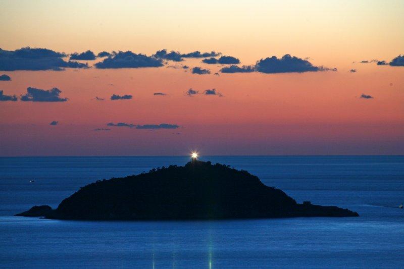 Tino isla y su faro - Isla de Tino y su faro