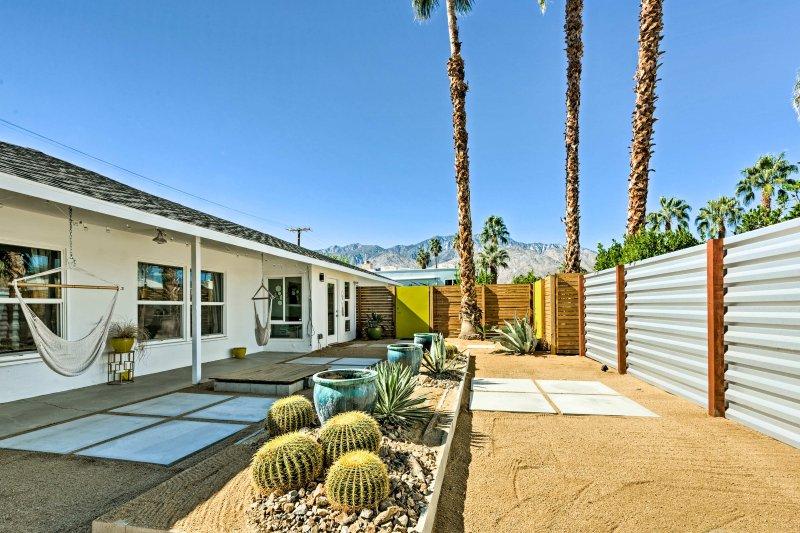 Détendez-vous dans un paradis privé à ce 3 chambres, vacances maison de location 2-bain pour 6 personnes chanceux!