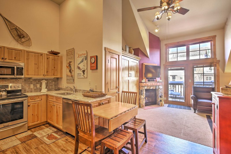 Experience the winter wonderland and sunny summertime in Keystone from this stylish vacation rental studio!