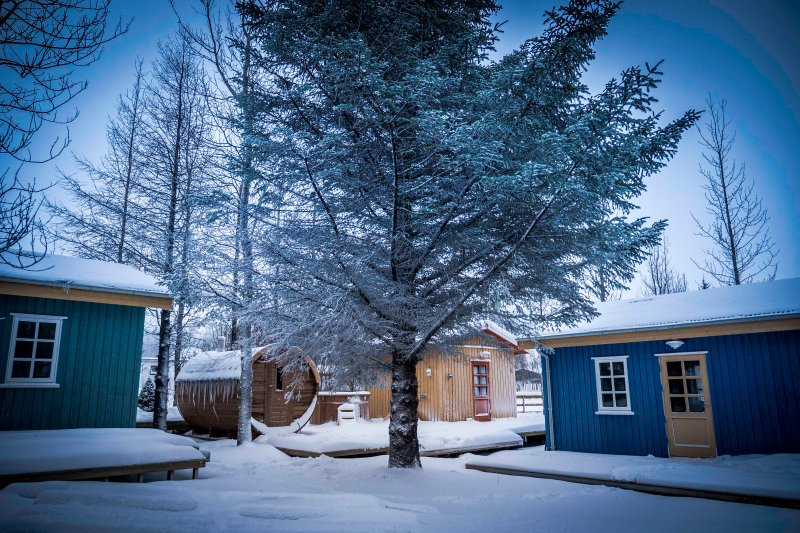 Backyard Village - Turquoise  Cottage, holiday rental in Arborg