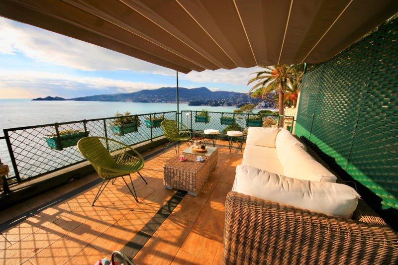 VILLA ENRICA by KlabHouse-4BR w/AC Seaview Terrace Prkg, vacation rental in Zoagli