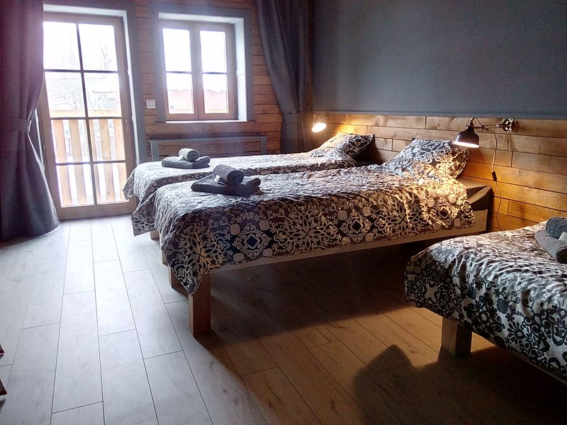 Liptov Lodge Triple Bedroom, vacation rental in Demanova