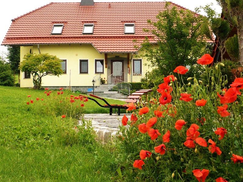 Bei uns im Südharz  Ferienwohnung, holiday rental in Urbach
