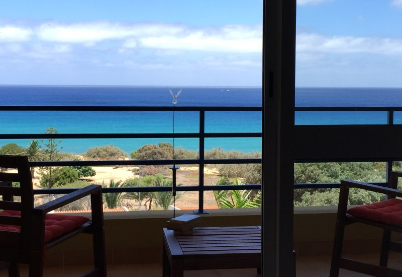 NEAR THE BEACH, WONDERFUL SEA VIEW, FREE INTERNET, vacation rental in Porto Santo Island