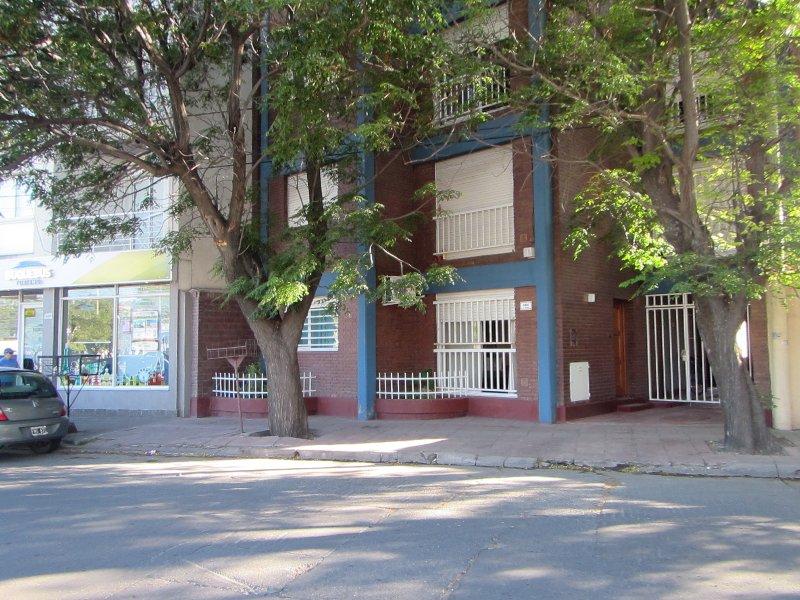 Departamento El Paseo Bahía Blanca, alquiler vacacional en Bahia Blanca