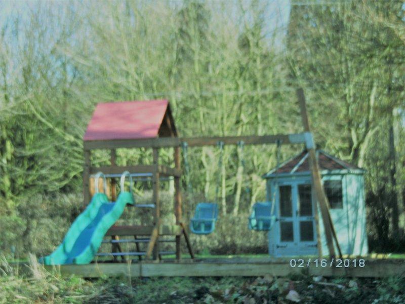 Schommeling en klimrek voor kinderen