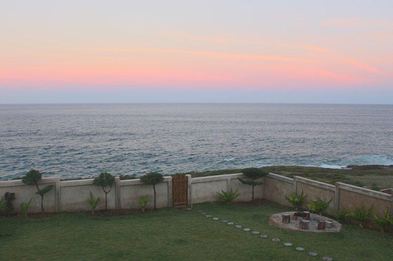 Casa Kiaat - Whale Watcher's Haven, aluguéis de temporada em Tofo