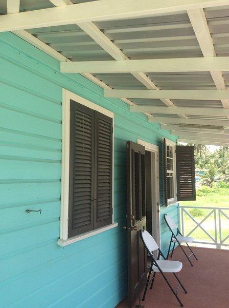 Shepherdville One. Roomy anteriore patio e terrazza spaziosa extra!