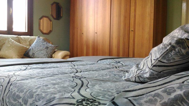 CASA MARÌ - Camera A (Letti singoli), vakantiewoning in Castiglione Delle Stiviere