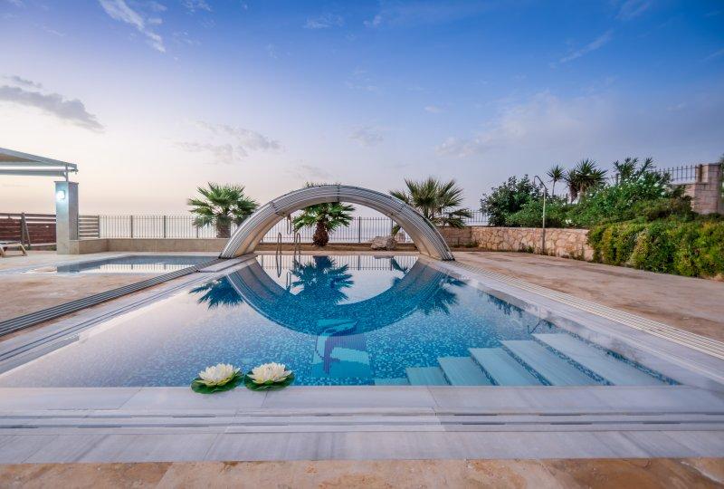 Villa Aria, holiday rental in Mononaftis