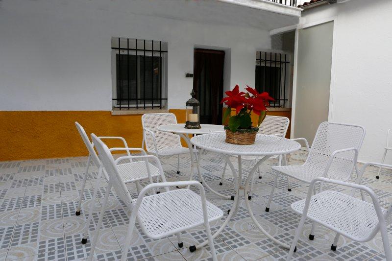 El patio de los castañuelos, holiday rental in Villanueva de la Vera